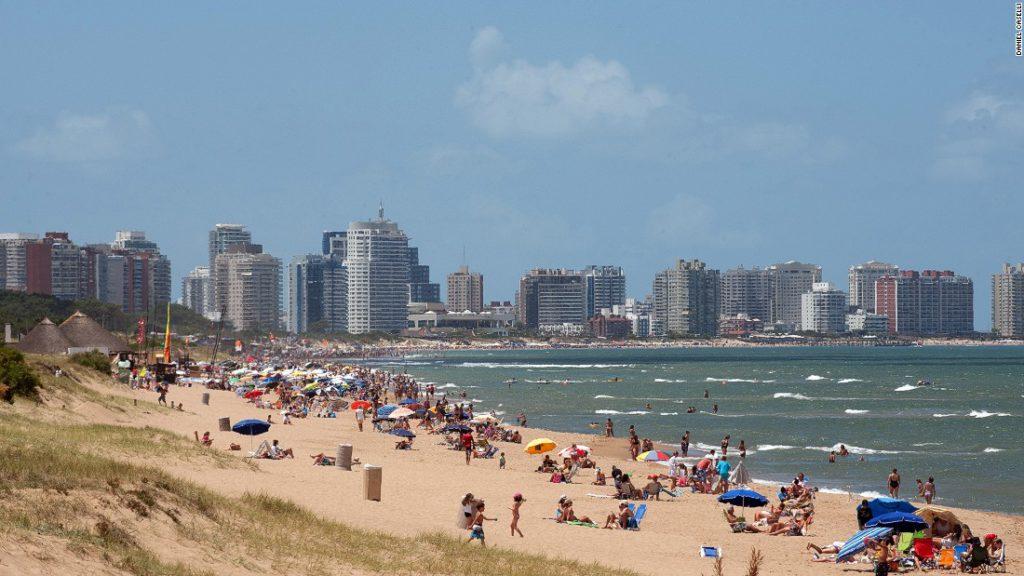 160118214155-uruguaytravel-beach-super-169