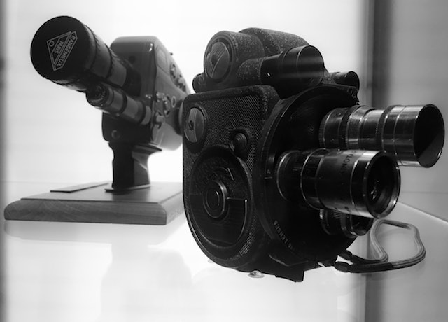 Black viewfinder camera